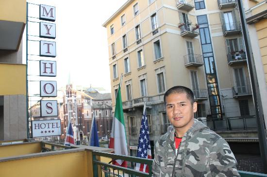 Mythos Hotel: terrace