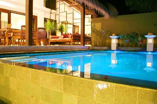 Lalang Temu Villas: Rejuvenate, Healing, & Realxing Pool