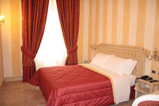 Hotel Cavour : camera deluxe