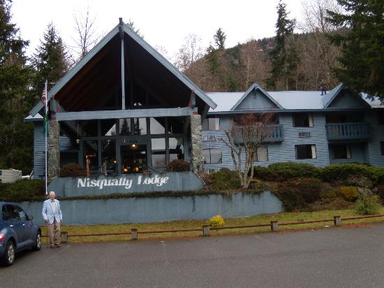 Nisqually Lodge : Attractive Lodge
