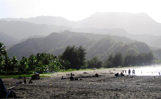 Hanalei Beach: Lazy afternoon