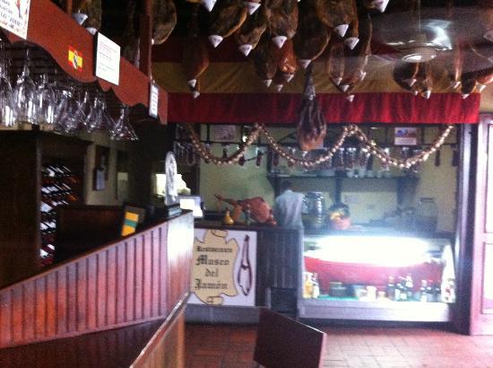 Jamon Jamon: Die Bar