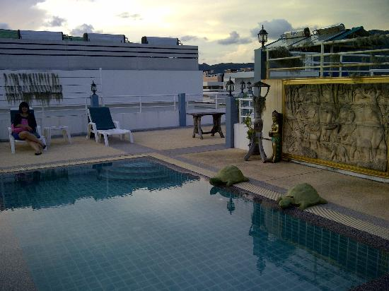 Santi White Hotel : Swimming Pool