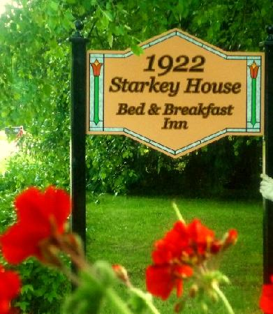 1922 Starkey House Bed & Breakfast Inn: A Lovely Five Room Guest House Located Along Beautiful Seneca Lake
