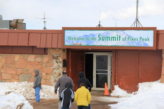 Snack bar and gift shop - Picture of Pikes Peak, Colorado Springs ...