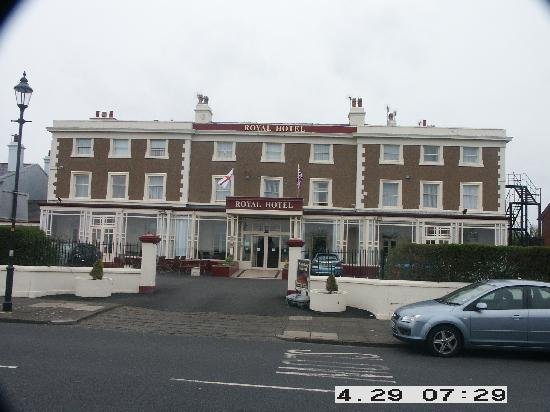 Royal Hotel : Hotel Front View