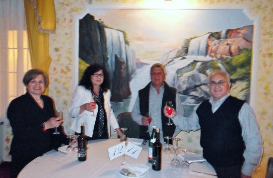 Hotel Dei Boschi: Cena di gala con musica e karaoke