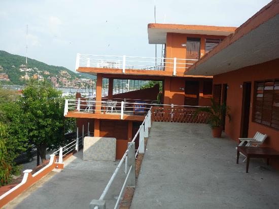 Raul 3 Marias Hotel - LaNoria: Vista Del Hotel