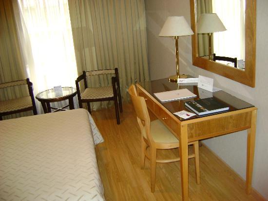 El Conquistador Hotel: Zimmer 2