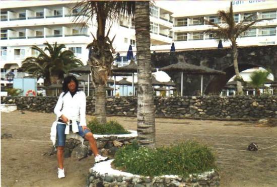 VIK Hotel San Antonio: hotel dalla spiaggia