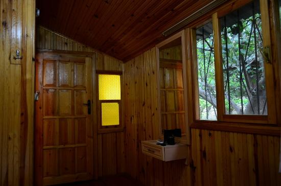 Olympos Orange Pension: inside the wooden bungalow