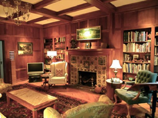 The Chancellor's House: The Library