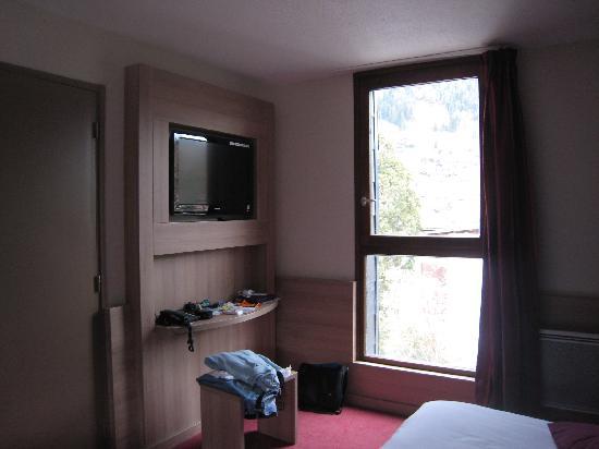 Hôtel Club mmv Saint-Gervais Le Monte Bianco : Chambre pour 2 adultes et 1 enfant