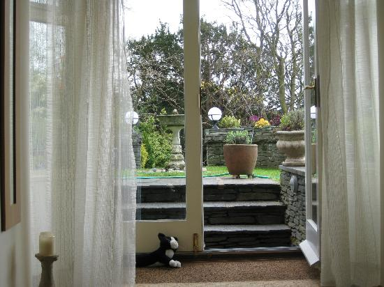 Annesdale House: View into garden from patio door