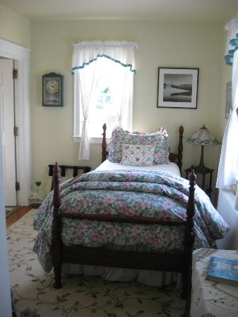 The Commander's Beach House: Lighthouse Suite