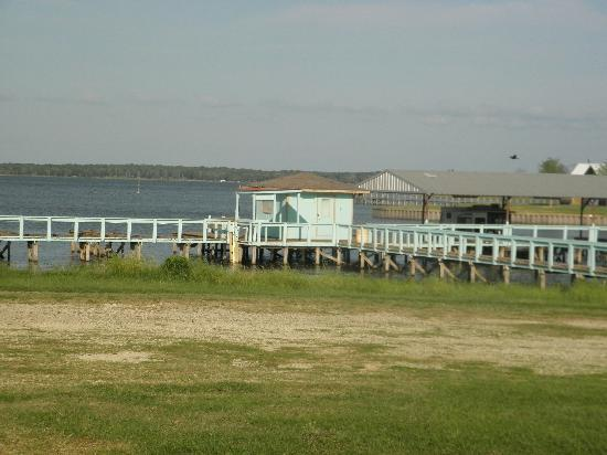 All Seasons Lake Fork Resort: Dock and Boat Slips