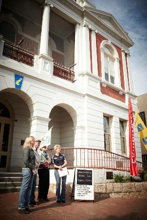 Discover Wangaratta Town Tours : Going on the tour