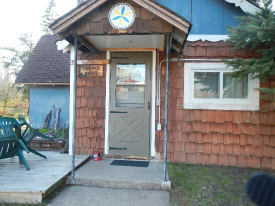 Peterson's Cottages: We stayed in the Copper Ridge Cottage.