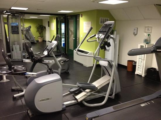 Comfort Inn & Suites Boston Logan International Airport: fitness center...