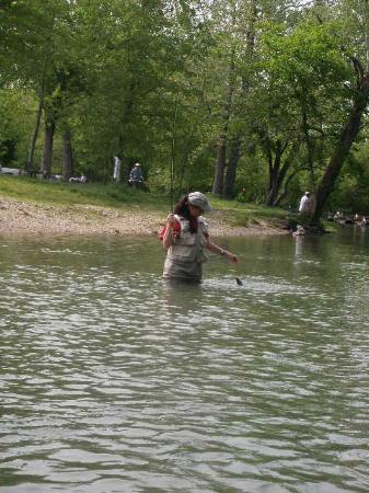 Larry's Cedar Resort: Releasing a catch in Zone 2