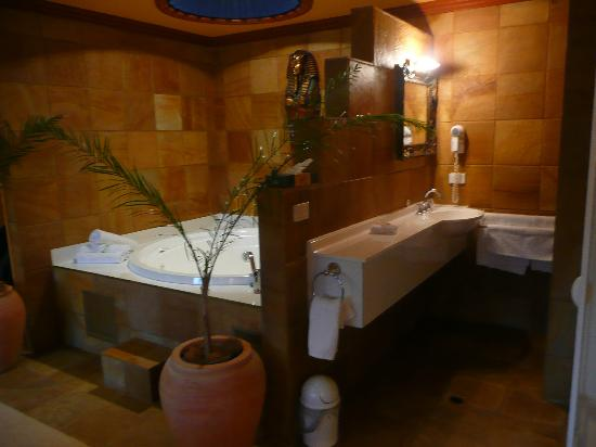 Buena Villa: Luxor spa