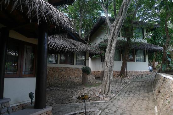 Deer Park Hotel : Cottages