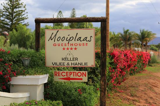 Mooiplaas Guesthouse: entrance