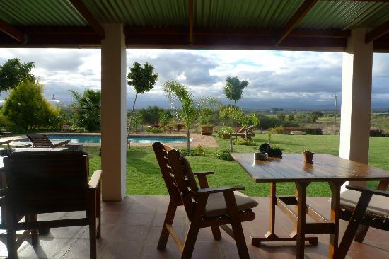 Mooiplaas Guesthouse: poolside