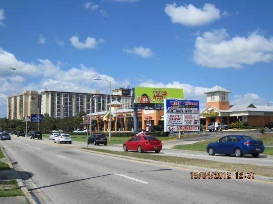 Floridian Express Hotel: Quarteirão