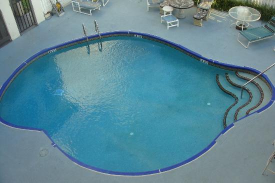 Sevilla Inn : Pool area.  very Private