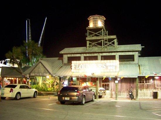 Flounder's Chowder House: Flounders