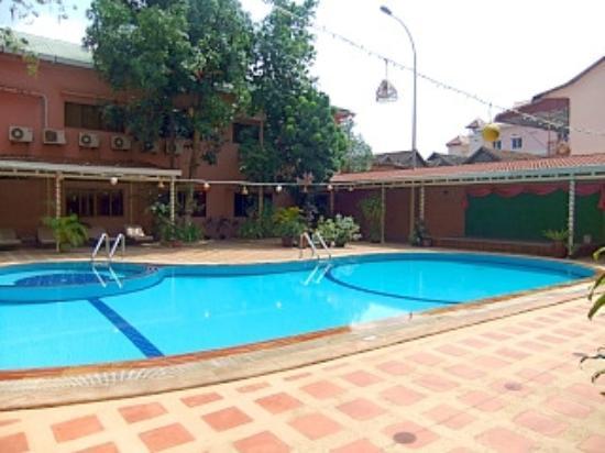 Salina Hotel: プール