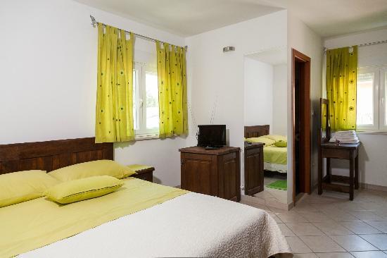 Rooms Vesna : Room