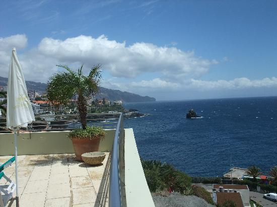 Madeira Regency Cliff : Another view from the balcony