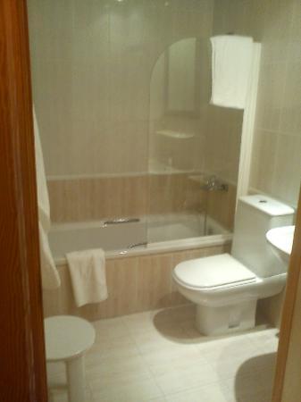 Hotel Playa De Canet: baño