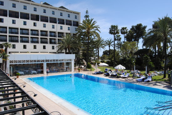 Los Monteros Spa & Golf Resort GL: Swimming Pool Area
