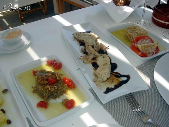 Vathi, Greece: entrées grecques