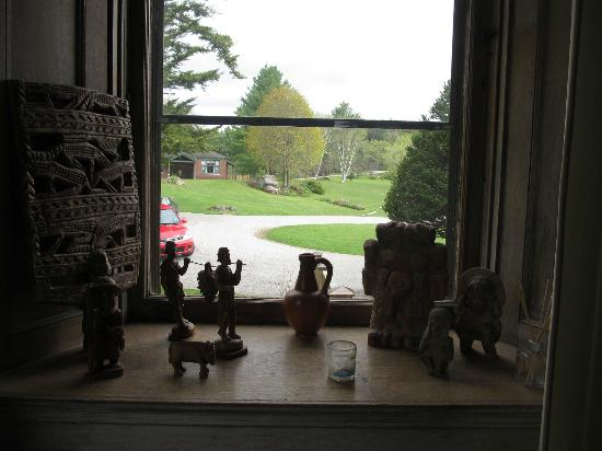 Wilburton Inn: View from community (living) room with collectibles.