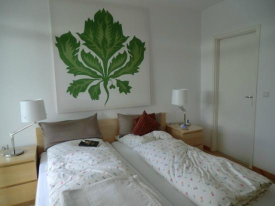 Hotel Restaurant Weinlaube : Zimmer