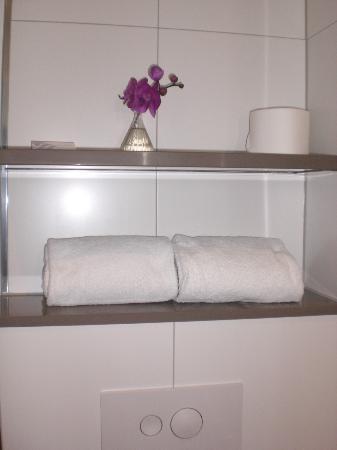 Apollo Hotel Amsterdam, a Tribute portfolio: It was clean. No visible dust.