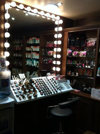 Carlingford, Irlanda: Makeup bar