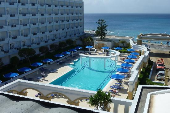 Mitsis Grand Hotel: Front Pool