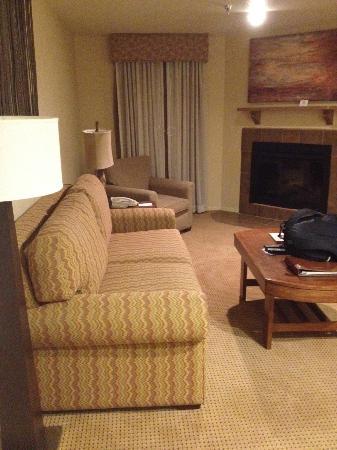 Villas de Santa Fe: Living area with fireplace