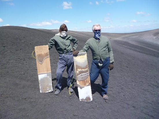 Mas Adventures Day Tours: Volcano boarding.