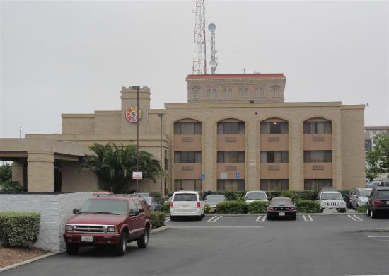 Sunrise Hotel San Pedro