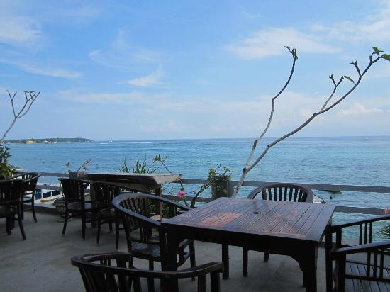 Tarci Bungalow: View from the restaurant