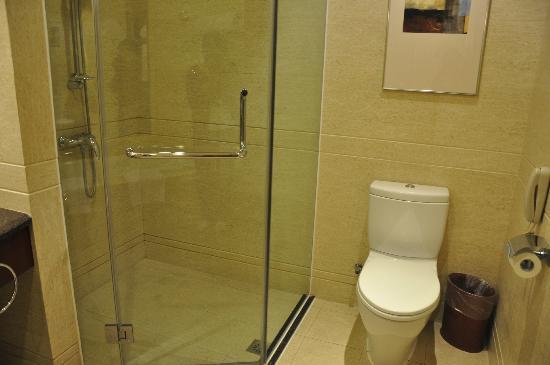 Golden Hotel : bath room