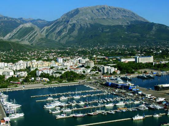 Municipio de Bar, Montenegro: Panoramablick über Bar