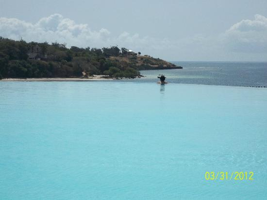 Kilifi, Kenya : the fantastic pool with a view
