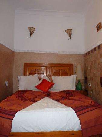 Riad Atlas Guest House: double room on ground floor